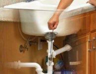 Не проходит вода в раковине что делать