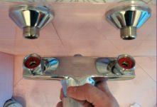 Как правильно поменять смеситель в ванной
